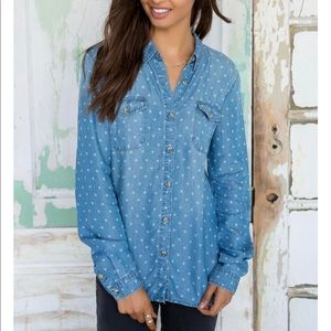 Eddie chambray top buttons large
